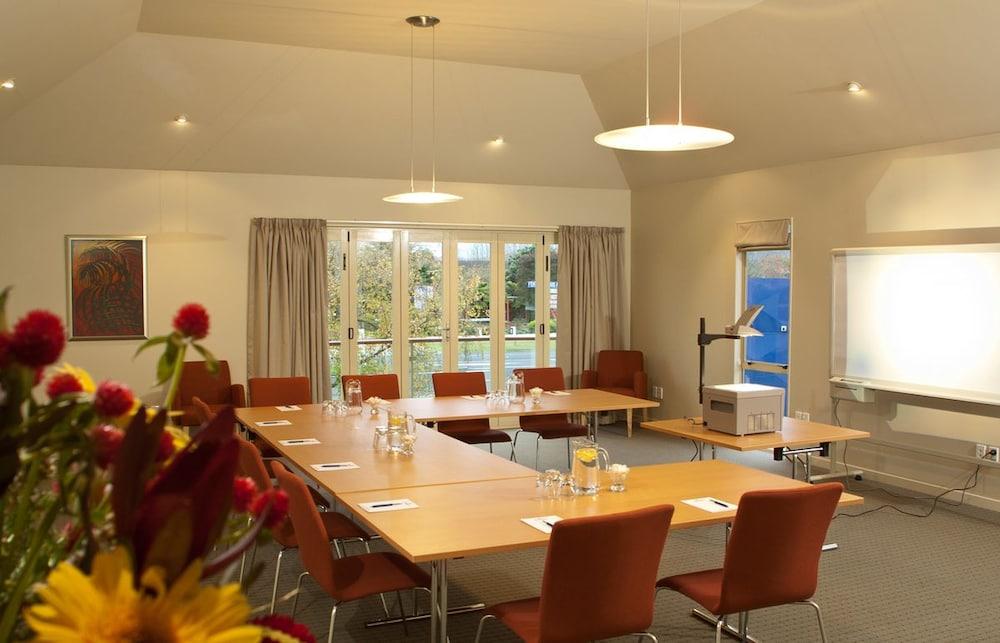 Regal Palms Resort Deals Reviews Rotorua Nzl Wotif