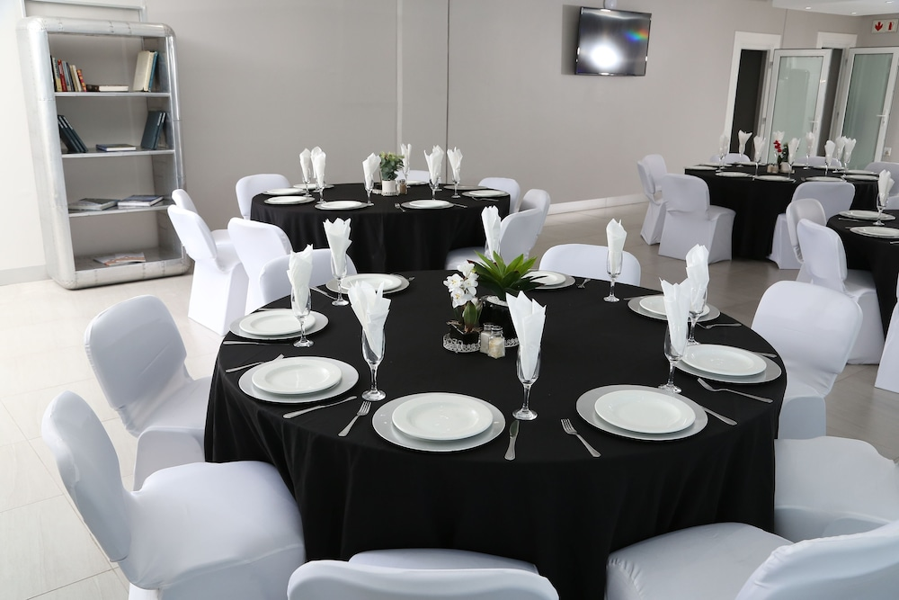 Banquet Hall, The Aviator Hotel OR Tambo International Airport