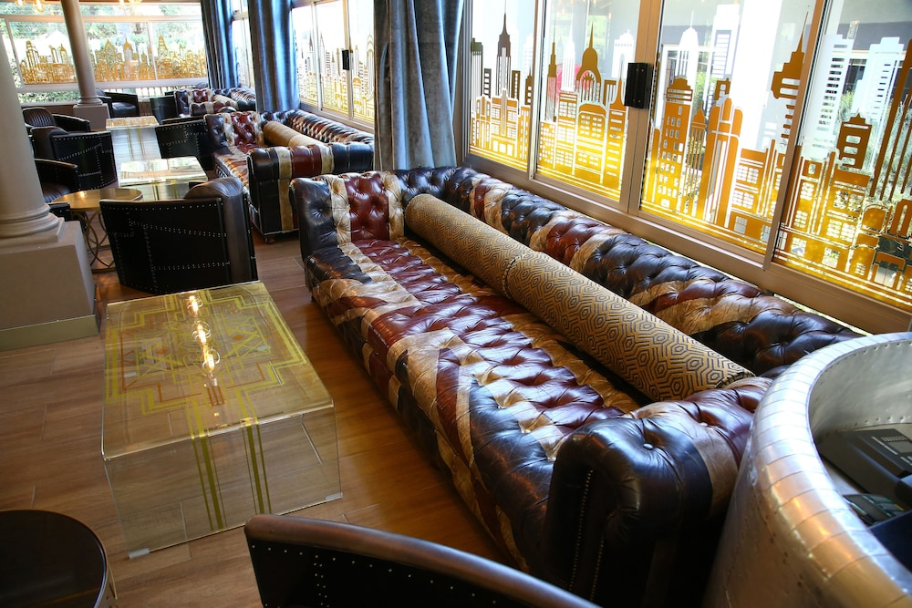 Lounge, The Aviator Hotel OR Tambo International Airport