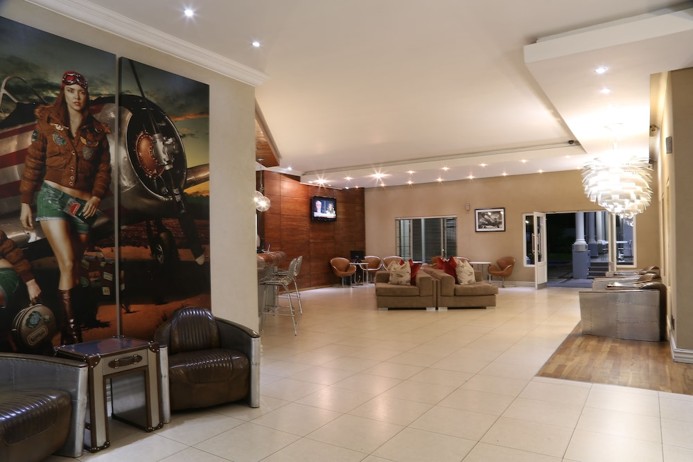 Lobby, The Aviator Hotel OR Tambo International Airport