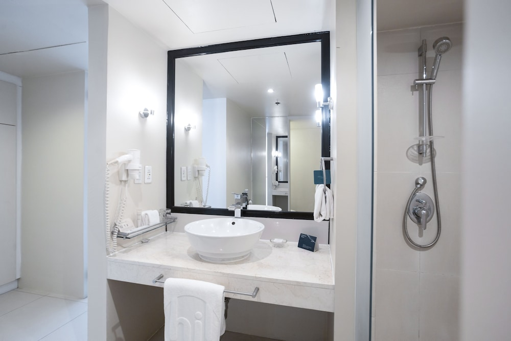 Bathroom Sink, The Picasso Boutique Serviced Residences