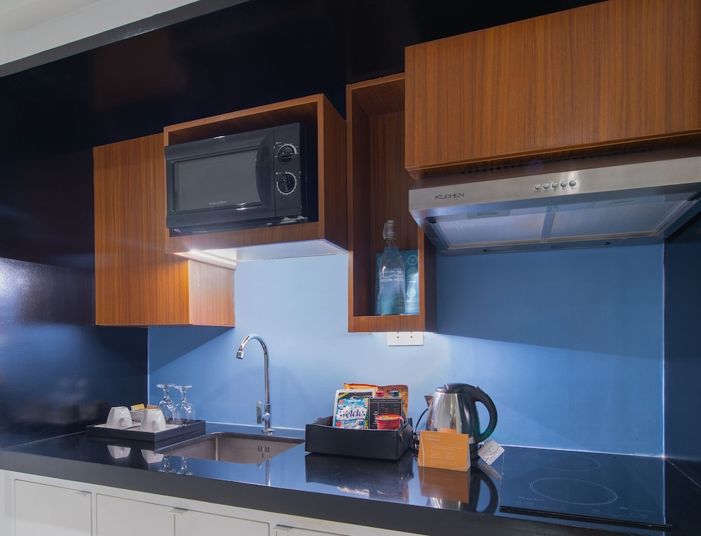 Private Kitchenette, The Picasso Boutique Serviced Residences