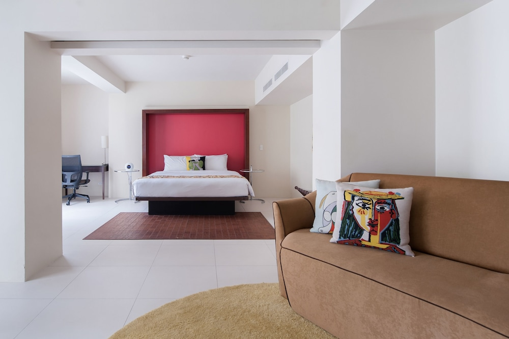 Living Room, The Picasso Boutique Serviced Residences