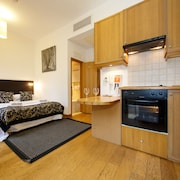 Studios 2 Let Serviced Apartments - Cartwright Gardens