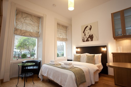 Studios 2 Let Serviced Apartments Cartwright Gardens