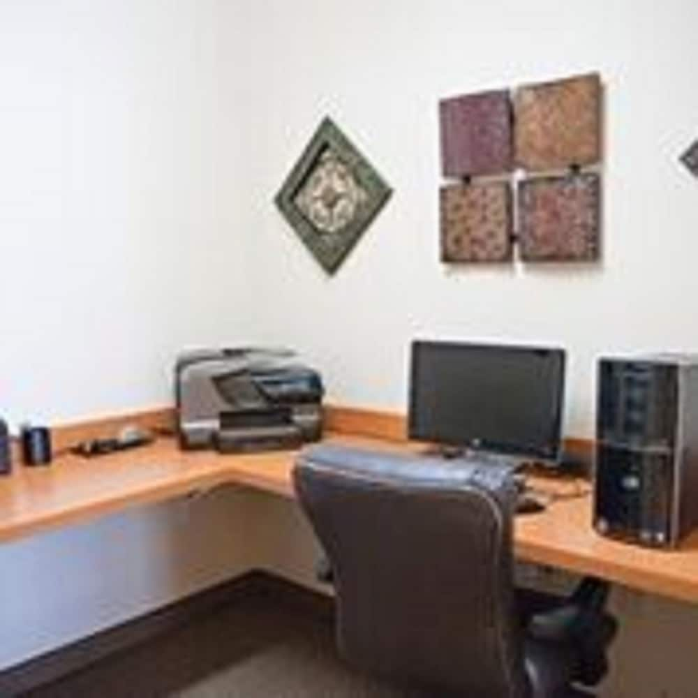 Business Center, Extended Stay America - Lawton - Fort Sill