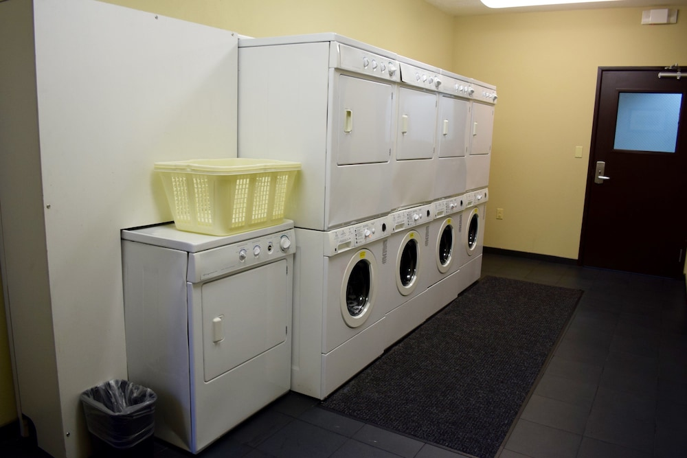 Laundry Room, Staybridge Suites Houston Stafford - Sugar Land, an IHG Hotel