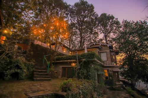 Bob's Place Nathuakhan