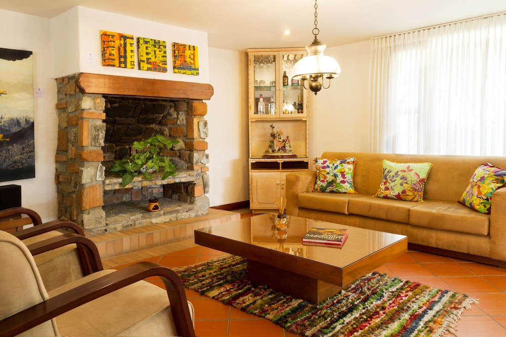 Living Room, La Campana Hotel Boutique