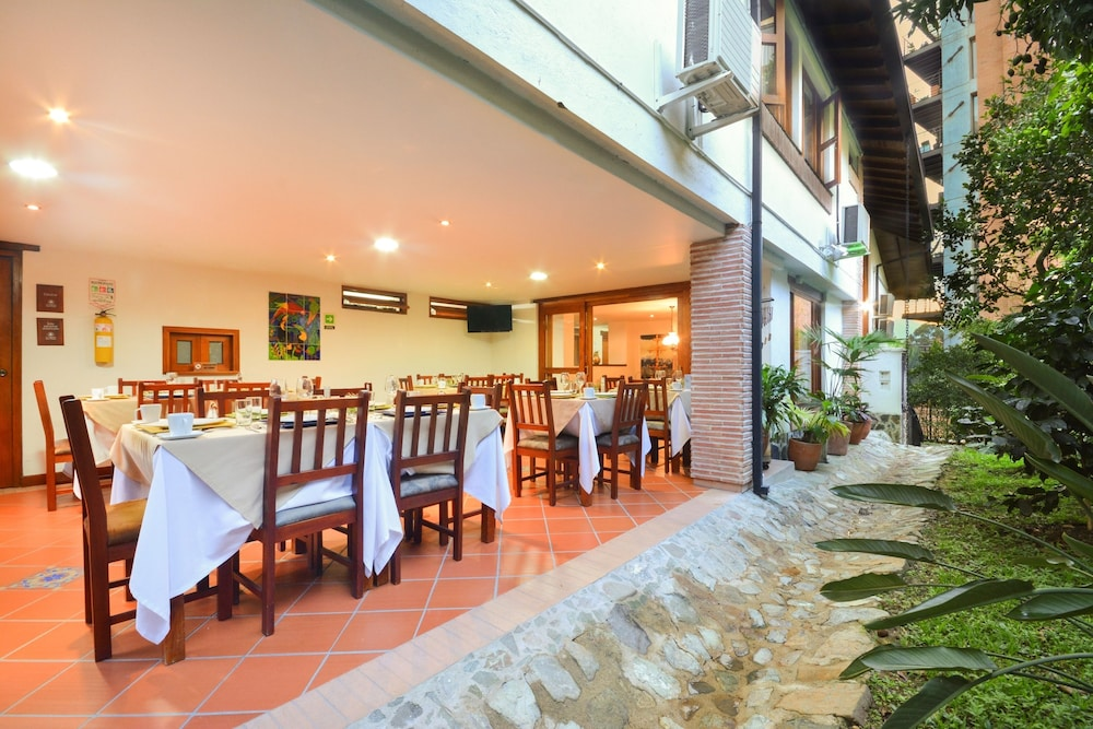 Food Court, La Campana Hotel Boutique
