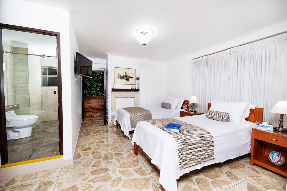 Room, La Campana Hotel Boutique