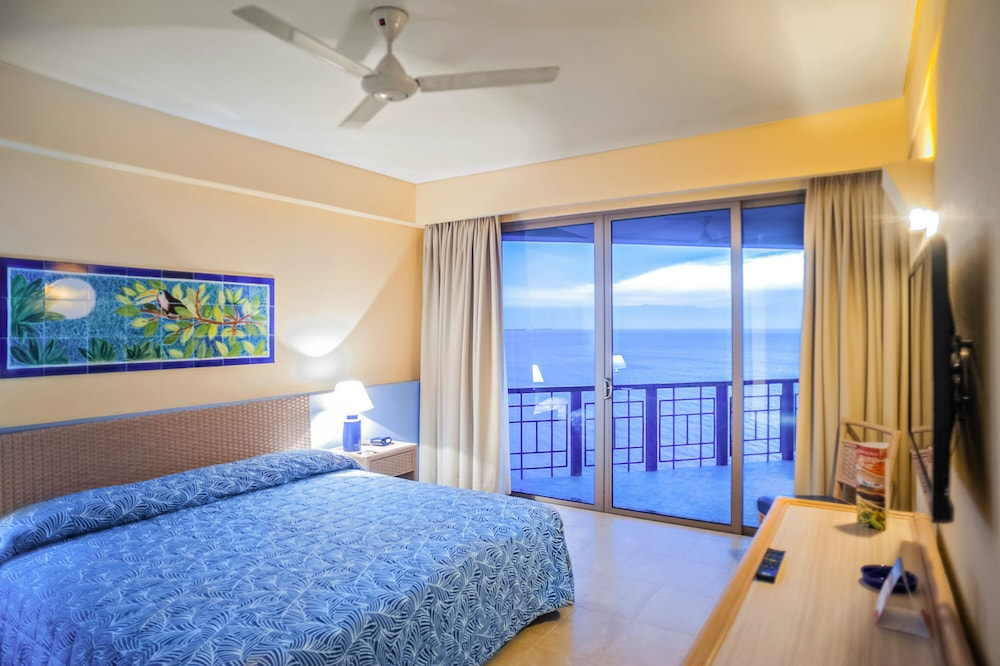 Room, Zuana Beach Resort