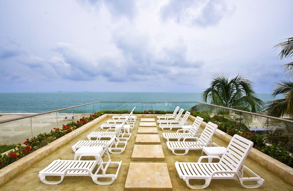 Sundeck, Zuana Beach Resort
