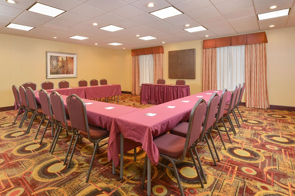 Meeting Facility, Hampton Inn Muscatine