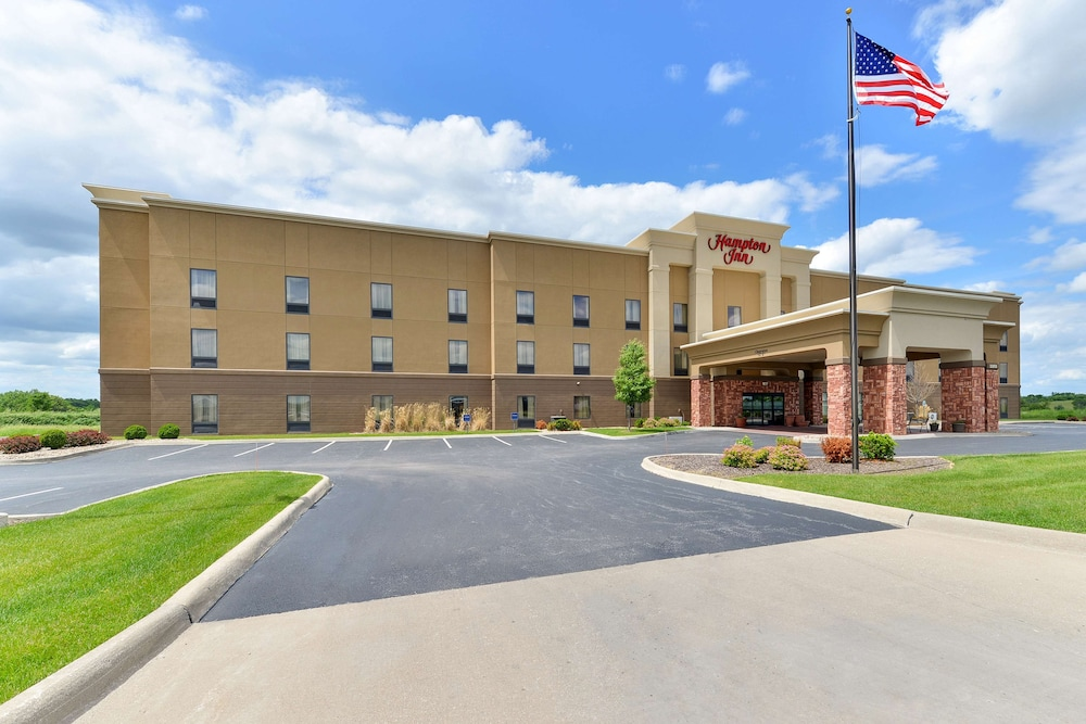 Featured Image, Hampton Inn Muscatine