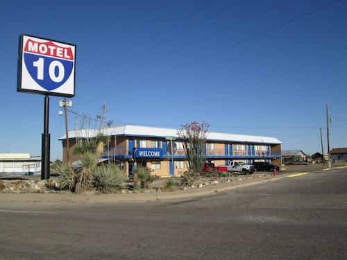 Great Place to stay Motel 10 near Lordsburg