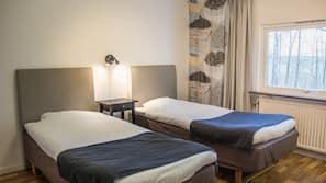 1 sovrum, individuell inredning, skrivbord och mörkläggningsgardiner