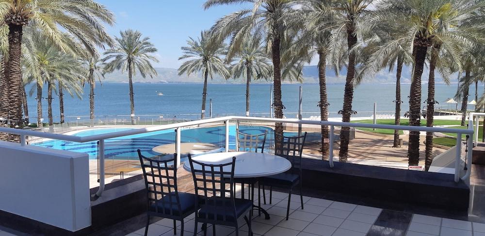 separation shoes d2410 a6831 Gai Beach Resort Spa Hotel in Tiberias | Cheap Hotel Deals ...