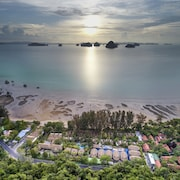 Tup Kaek Sunset Beach Resort