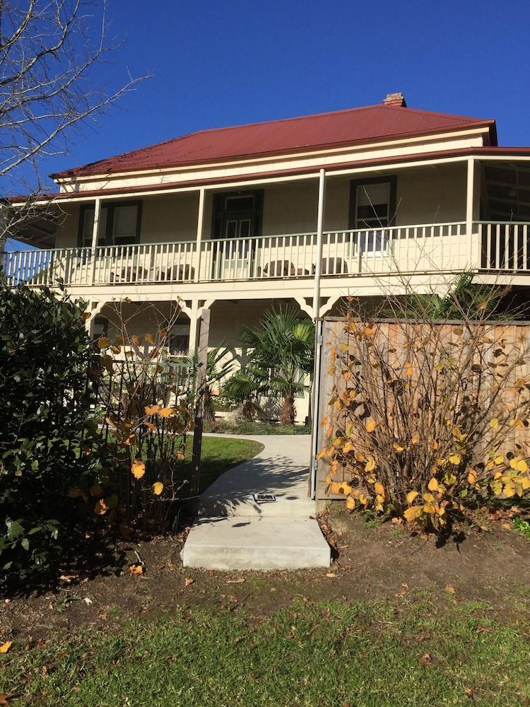 Healesville garden accommodation yarra valley 2018 for Garden design yarra valley