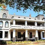 Healesville Grand Hotel and Garden Accommodation