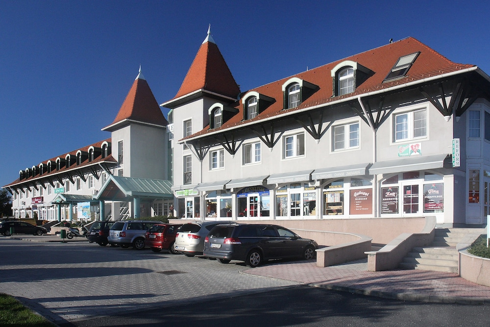 Exterior, Thermal Hotel Superior