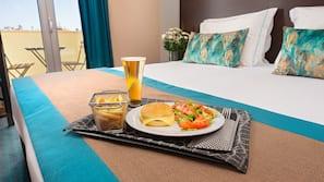 Room service – dining