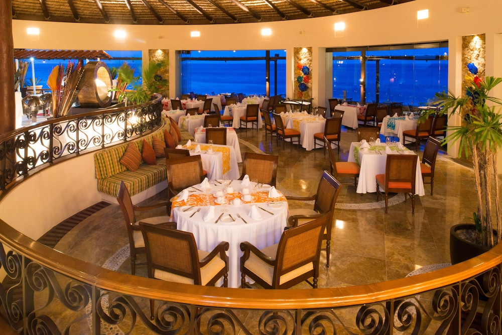 Restaurant, Grand Solmar Lands End Resort And Spa – All Inclusive Optional