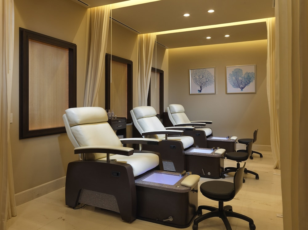 Nail Salon, Grand Solmar Lands End Resort And Spa – All Inclusive Optional
