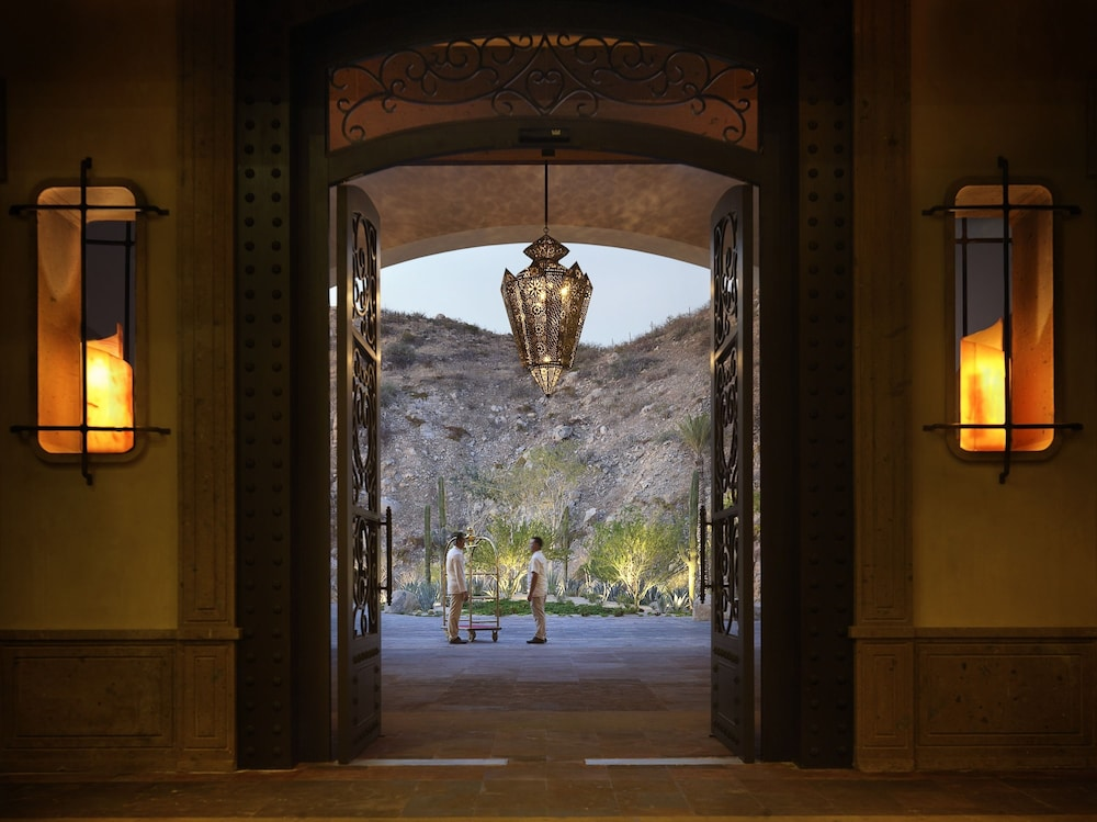Interior Entrance, Grand Solmar Lands End Resort And Spa – All Inclusive Optional