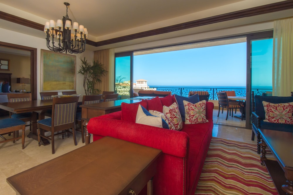 Living Area, Grand Solmar Lands End Resort And Spa – All Inclusive Optional