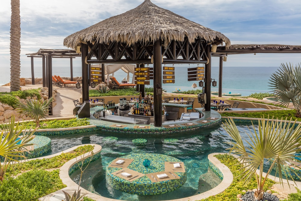 Poolside Bar, Grand Solmar Lands End Resort And Spa – All Inclusive Optional