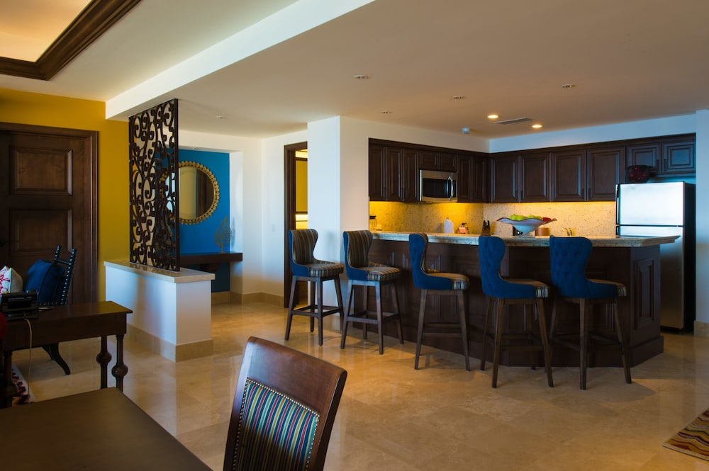 Private Kitchen, Grand Solmar Lands End Resort And Spa – All Inclusive Optional