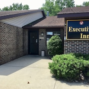 Executive Inn Cass City