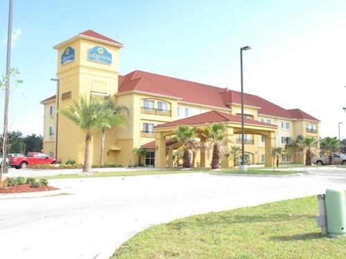 Tickfaw La Hotels