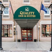 Quality Inn & Suites Shippen Place Hotel