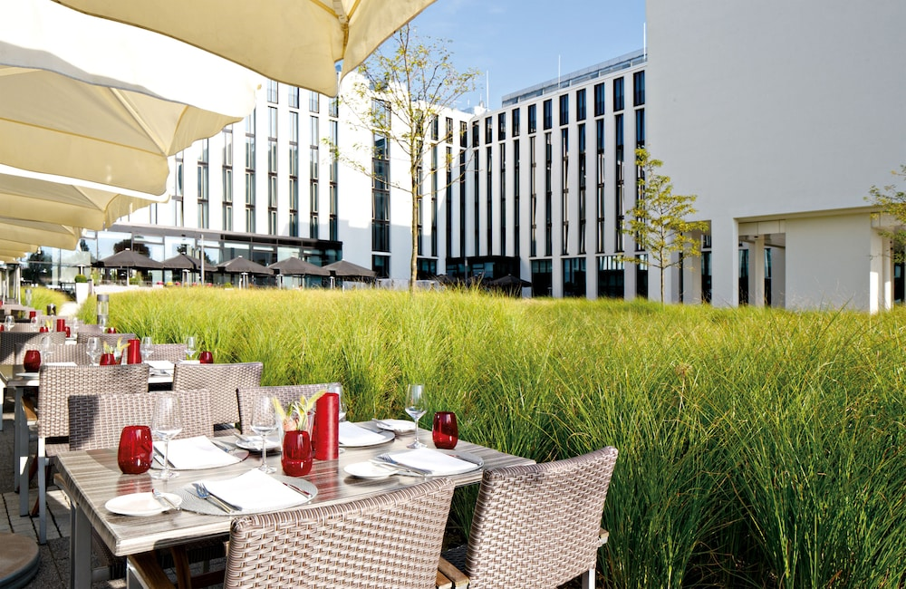 Terrace/Patio, Leonardo Royal Hotel Munich