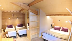 Select Comfort beds, soundproofing, free WiFi, bed sheets
