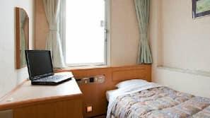 高級寢具、羽絨被、書桌、免費 Wi-Fi