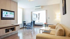 1 間臥室、高級寢具、記憶棉床墊、保險箱 (可放手提電腦)