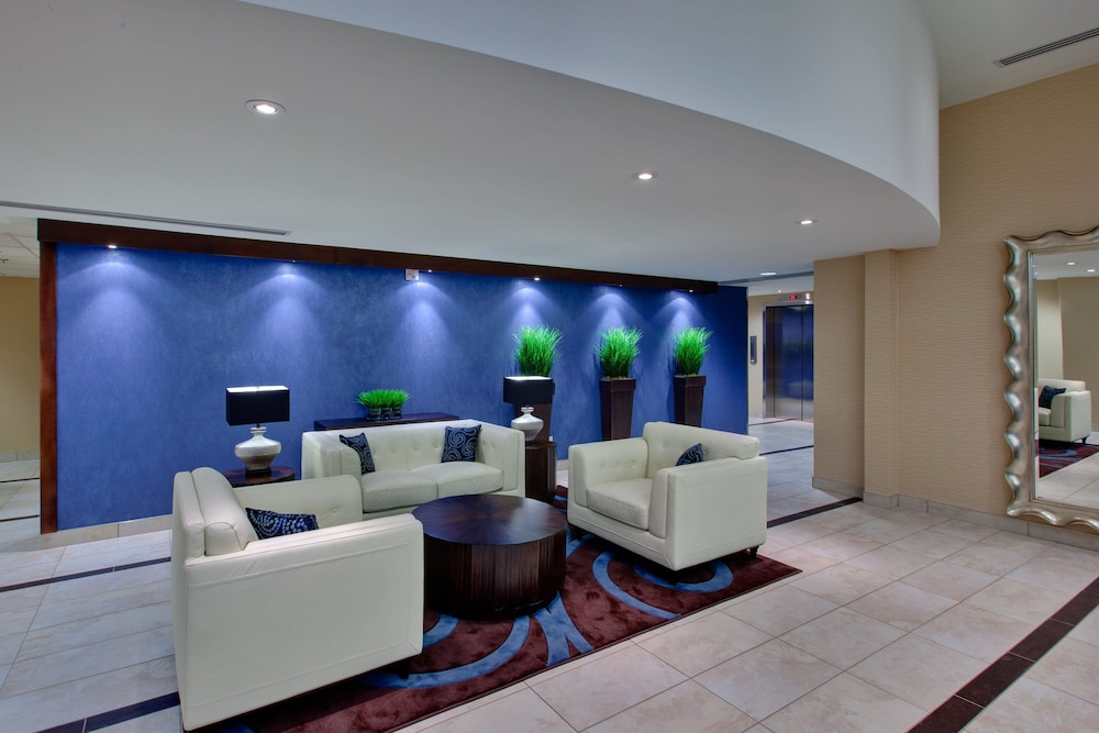 Lobby, Holiday Inn Express & Suites Chatham South, an IHG Hotel