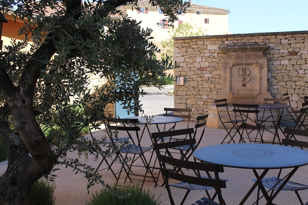 Suite Home Apt En Luberon In Apt Hotel Rates Reviews On Orbitz