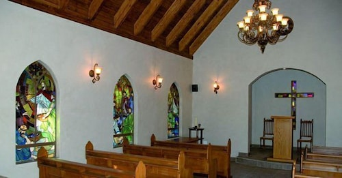 Chapel, Three Rivers Lodge