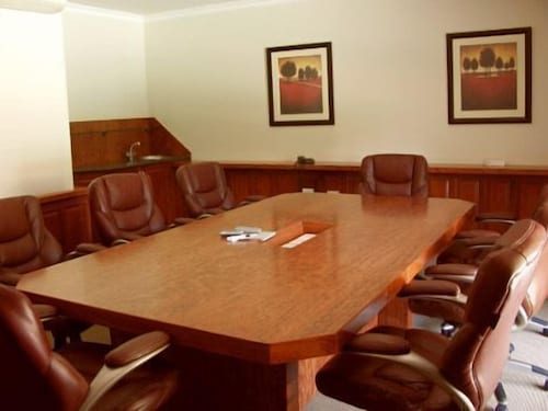 Meeting Facility, Three Rivers Lodge