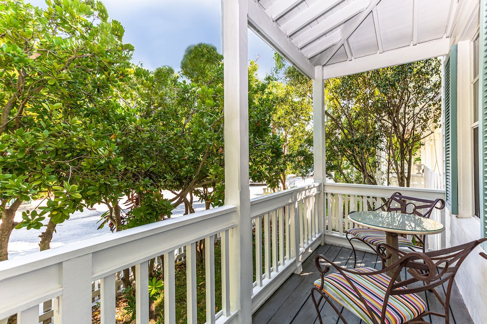 Balcony View, Paradise Inn Key West-Adults Only