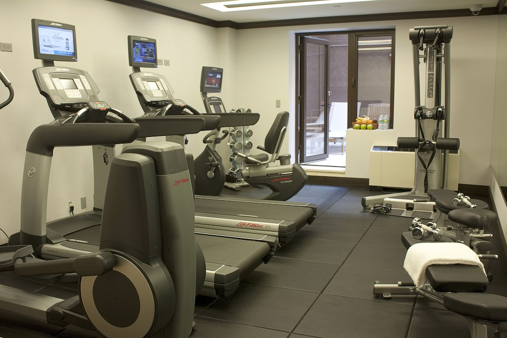 Gym, The Pearl New York