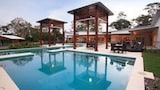 Beach Road Holiday Homes - Noosa North Shore Hotels
