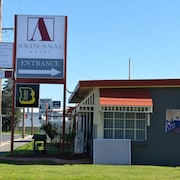 Ardeanal Motel West Wyalong