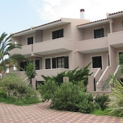 Lakonia Bay - Apartments