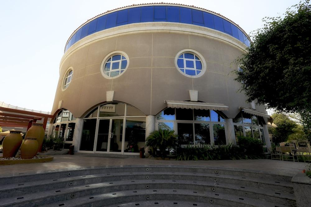 Sharjah Premiere Hotel And Resort